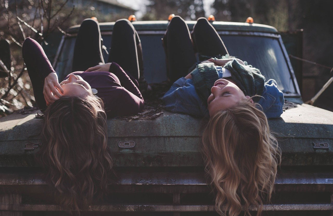Girls on Truck Floating Hair