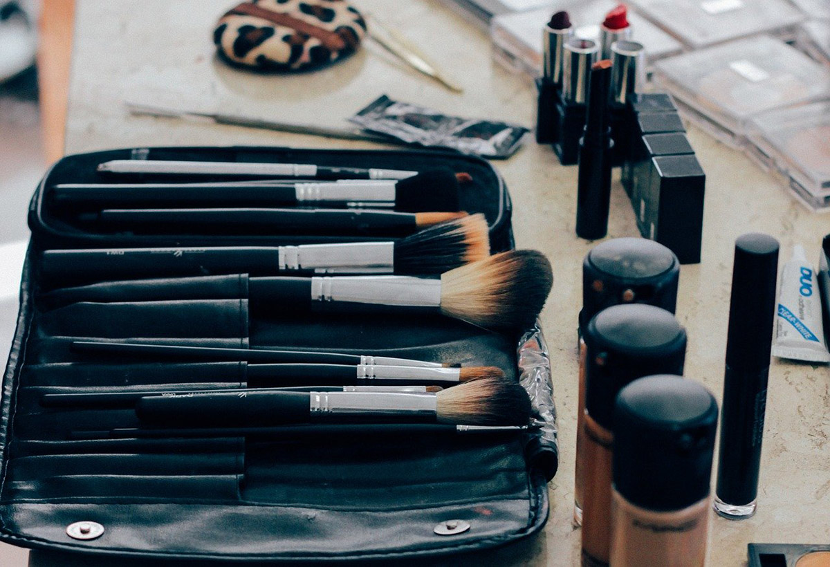 Makeup creams and brushes